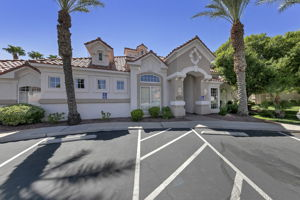 8555 W Russell Rd, Las Vegas, NV 89113, USA Photo 23
