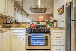 6438 Penn St, Moorpark, CA 93021, USA Photo 9
