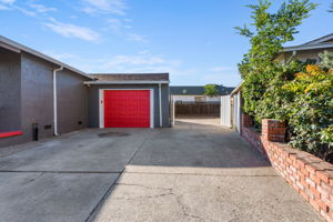 73 Parkside Ln, Pittsburg, CA 94565, US Photo 5