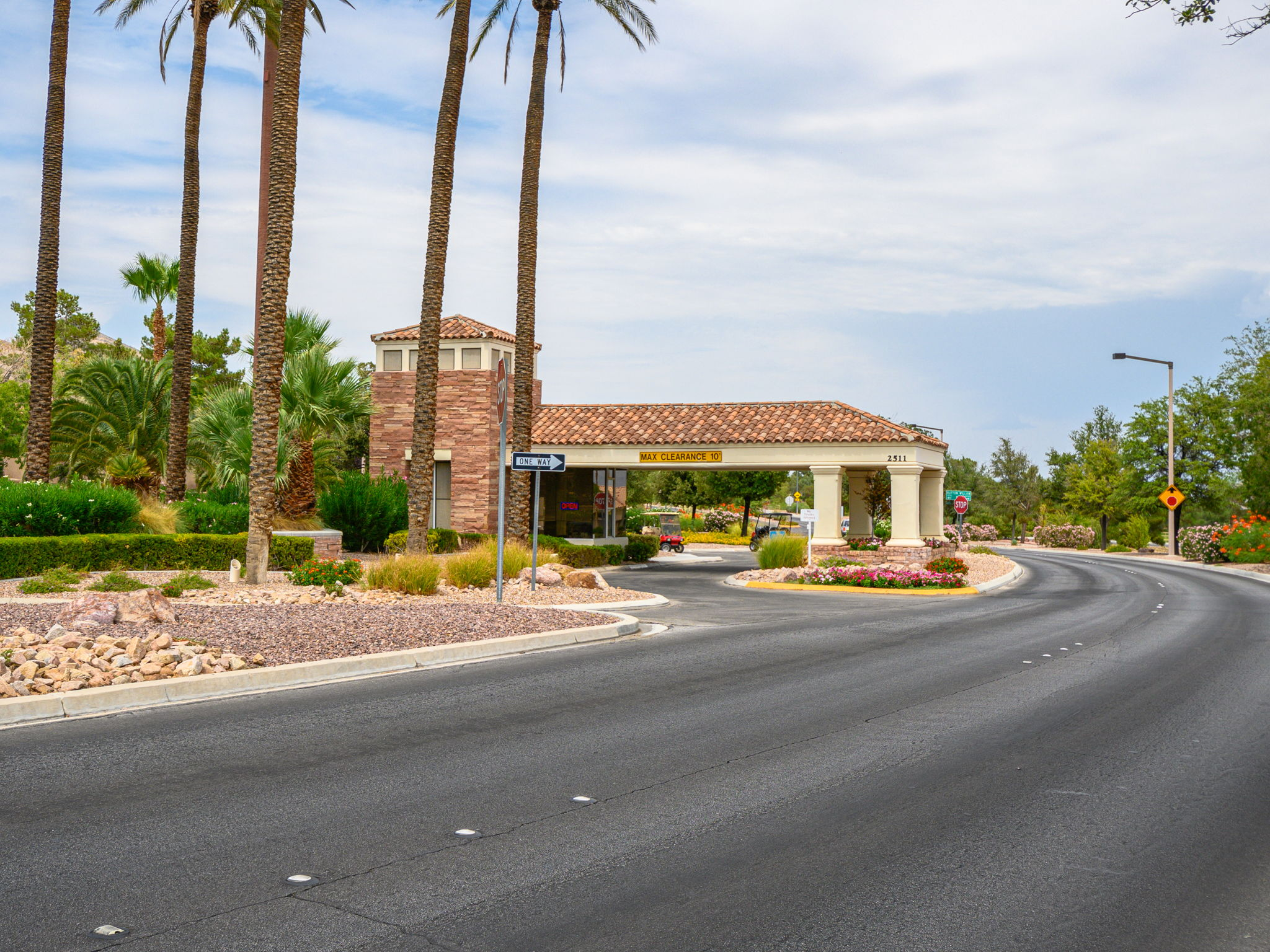 2729 Youngdale Dr, Las Vegas, NV 89134, USA Photo 58