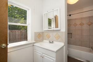 622 NE Failing St, Portland, OR 97212, USA Photo 21