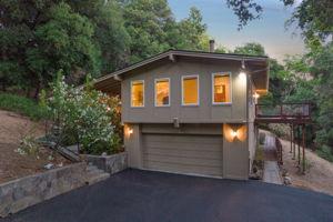 22577 Riva Ridge Rd, Los Gatos, CA 95033, USA Photo 34