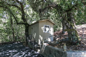 22577 Riva Ridge Rd, Los Gatos, CA 95033, USA Photo 32