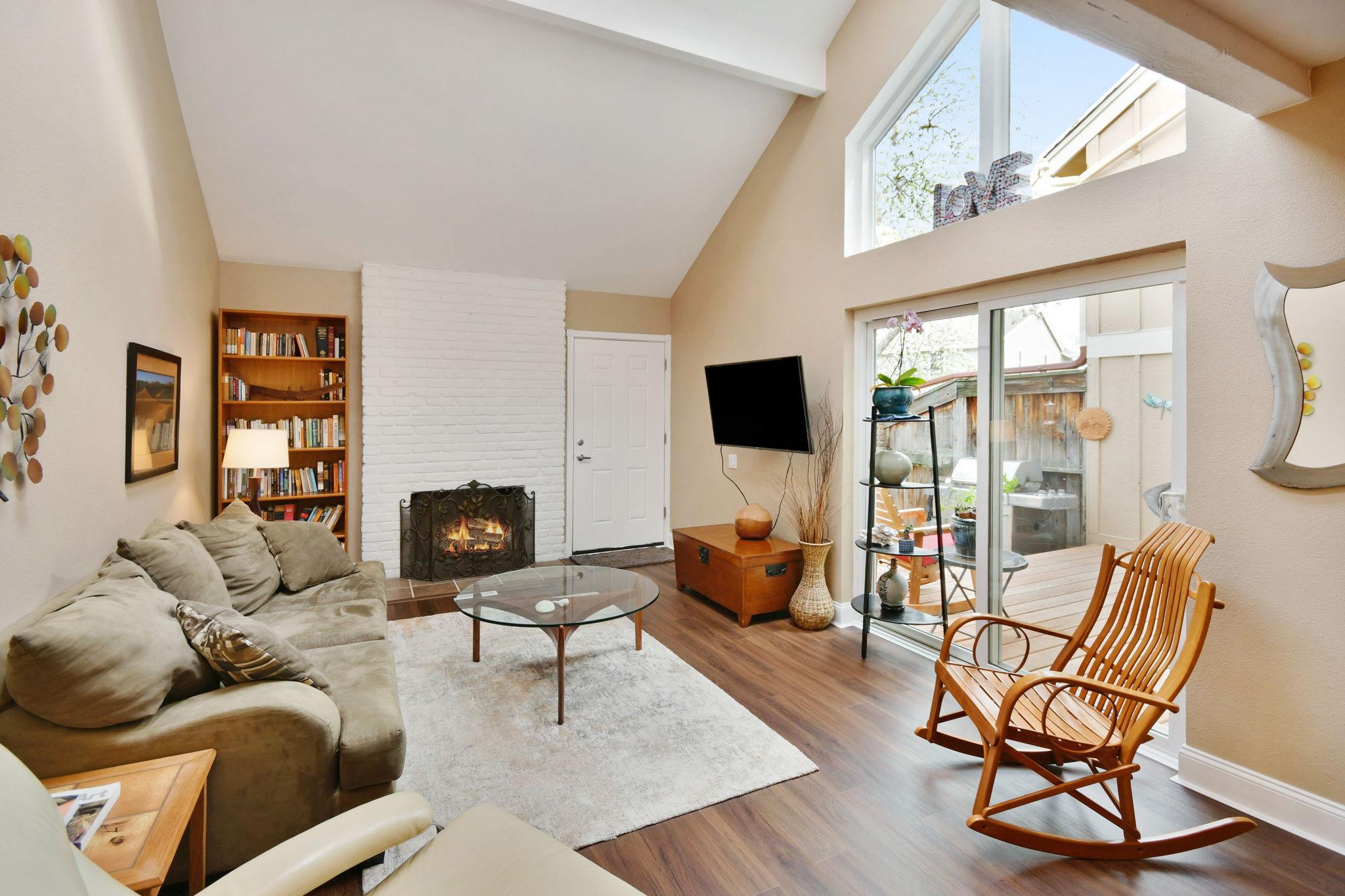 Living Room-Alt