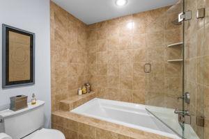 11 Graystone Circle, Winchester, MA 01890, US Photo 34