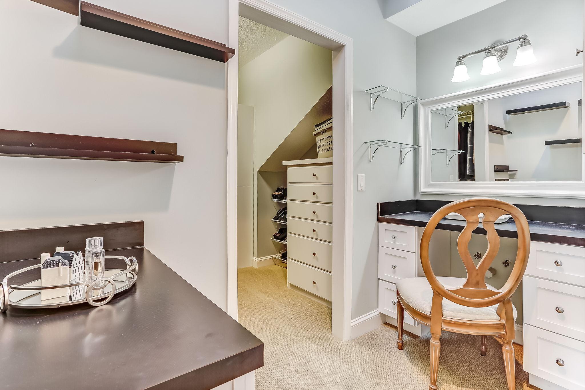Primary Bedroom Closet