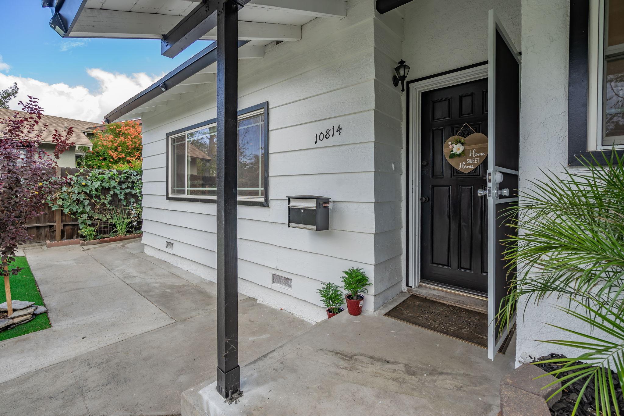 10814 Dempsey Ave, Granada Hills, CA 91344, US Photo 5
