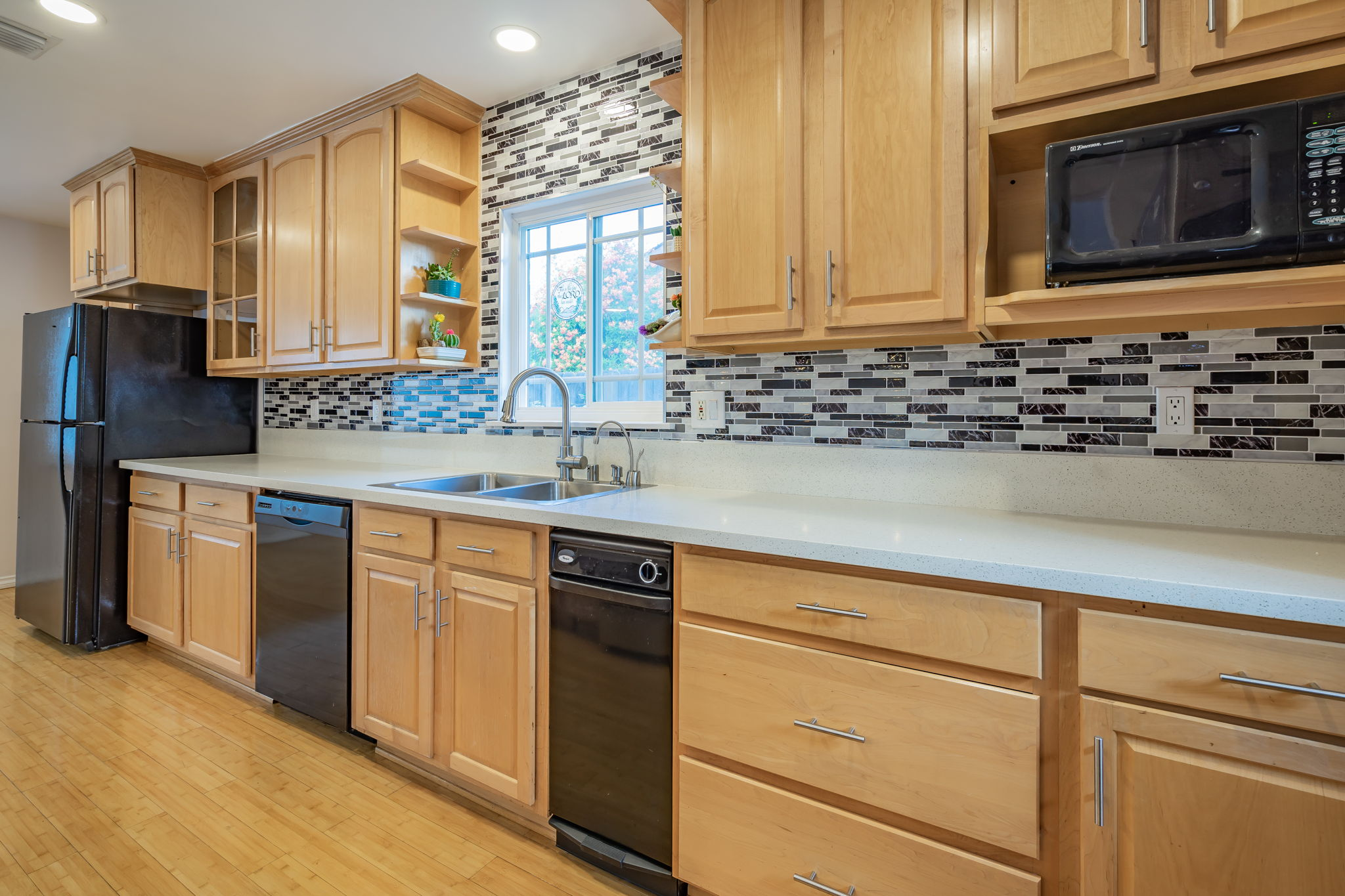 10814 Dempsey Ave, Granada Hills, CA 91344, US Photo 21