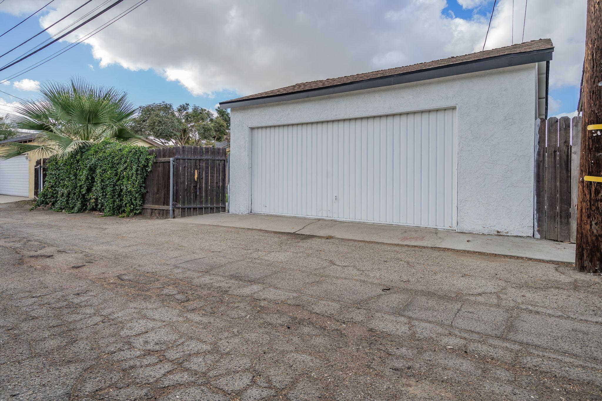 10814 Dempsey Ave, Granada Hills, CA 91344, US Photo 57