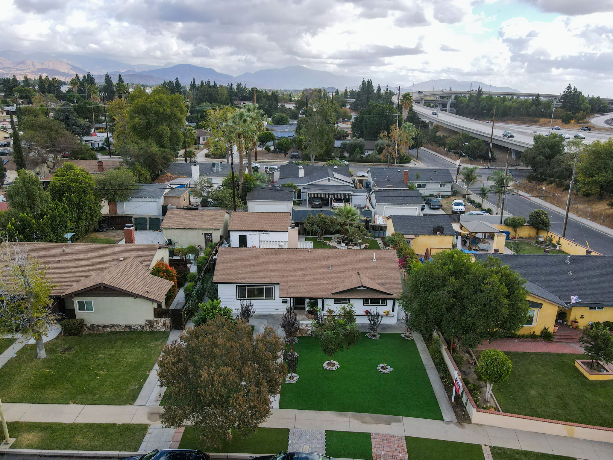 10814 Dempsey Ave, Granada Hills, CA 91344, US Photo 59