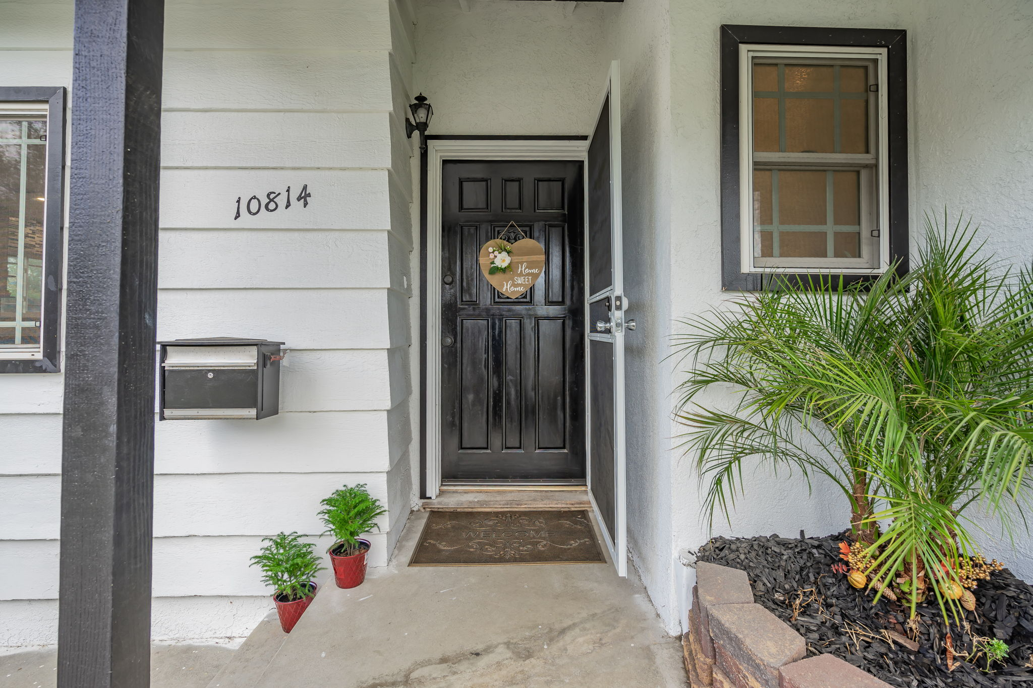 10814 Dempsey Ave, Granada Hills, CA 91344, US Photo 6