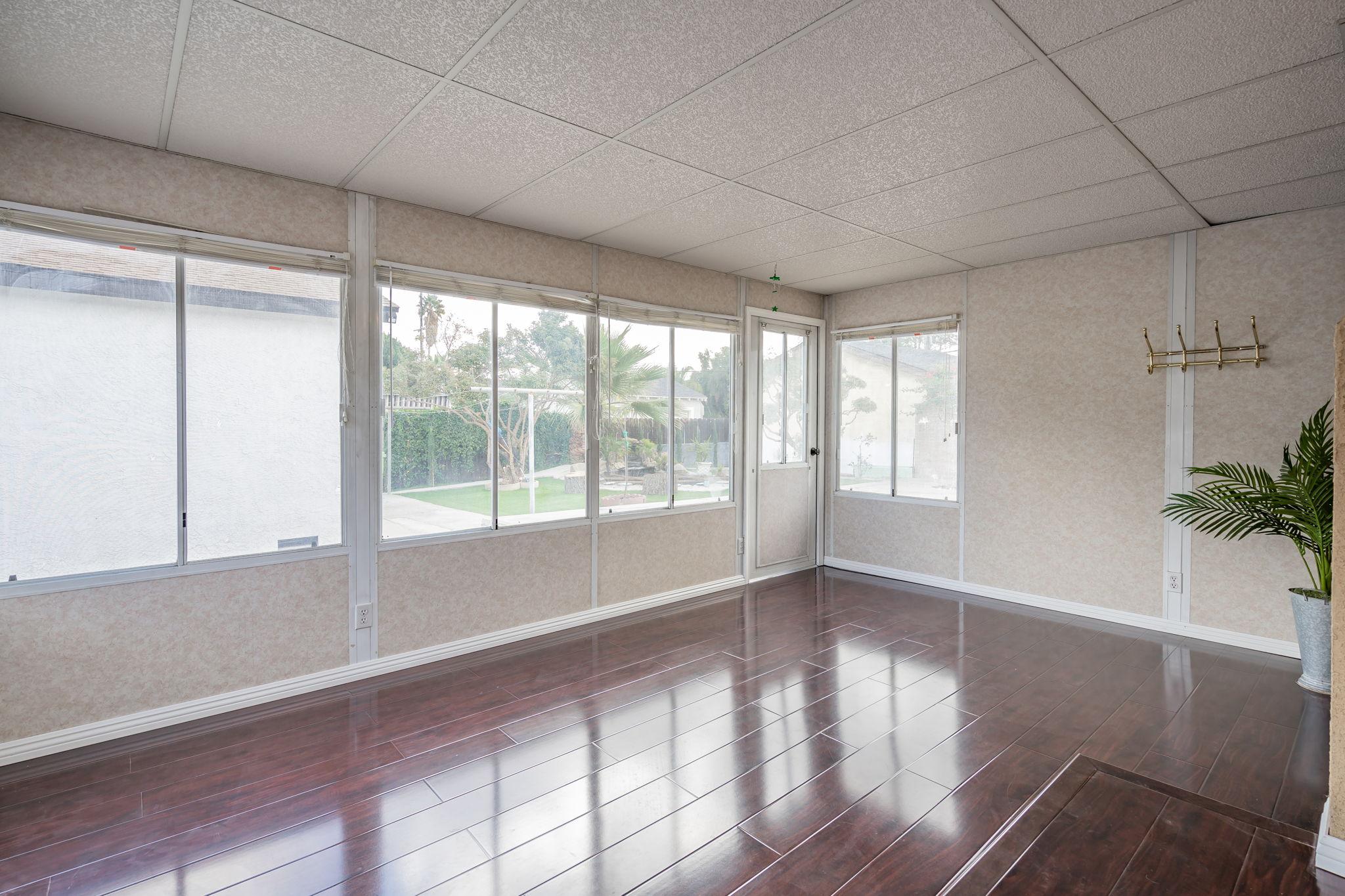 10814 Dempsey Ave, Granada Hills, CA 91344, US Photo 34