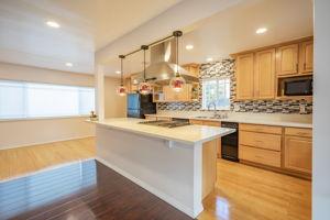 10814 Dempsey Ave, Granada Hills, CA 91344, US Photo 14
