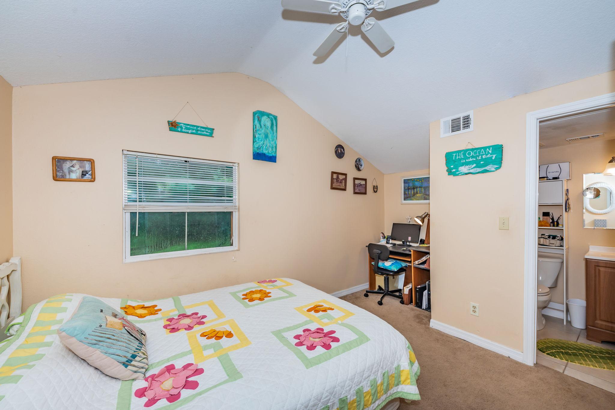 Master Bedroom 1b