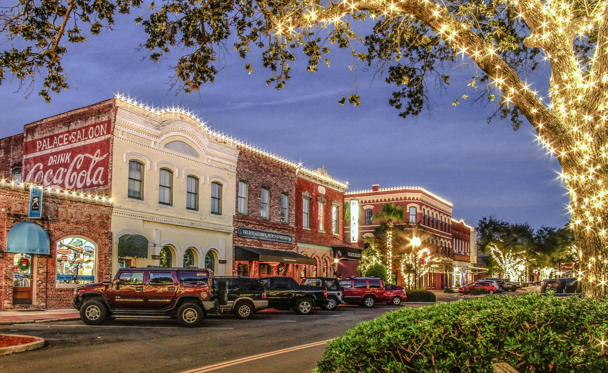 Centre Street & Historic District