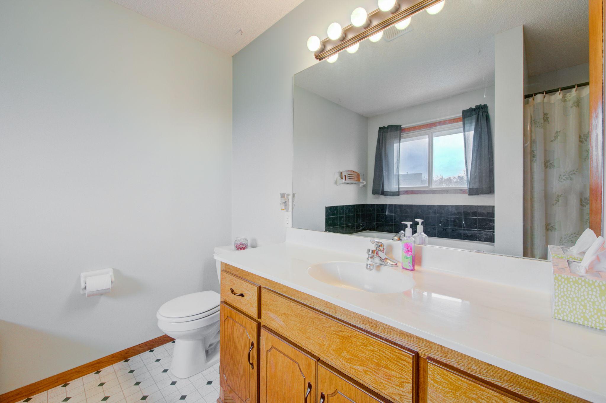 Bedroom 1 Bathroom En Suite