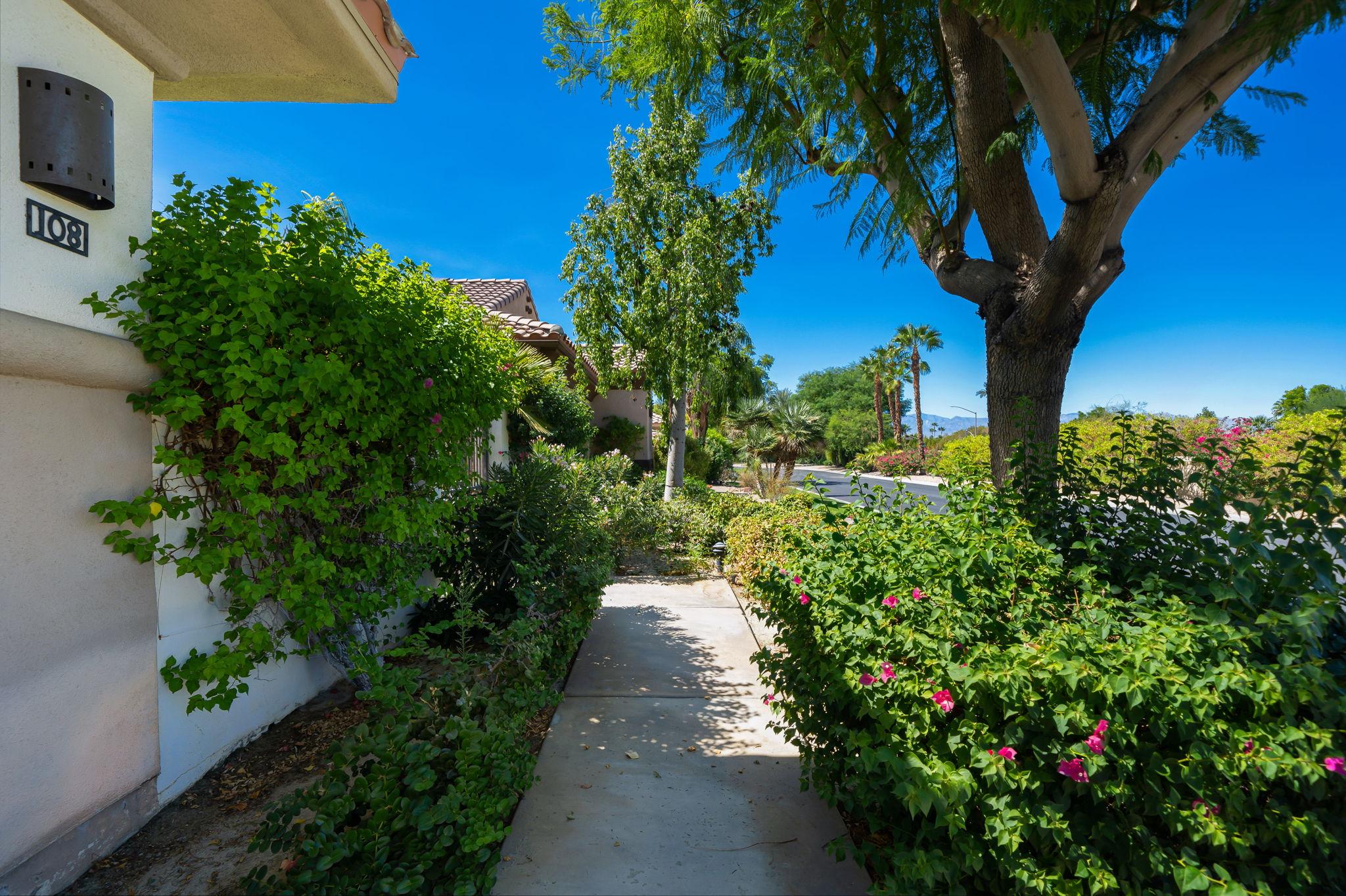 108 Mission Lake Way, Rancho Mirage, CA 92270, USA Photo 10