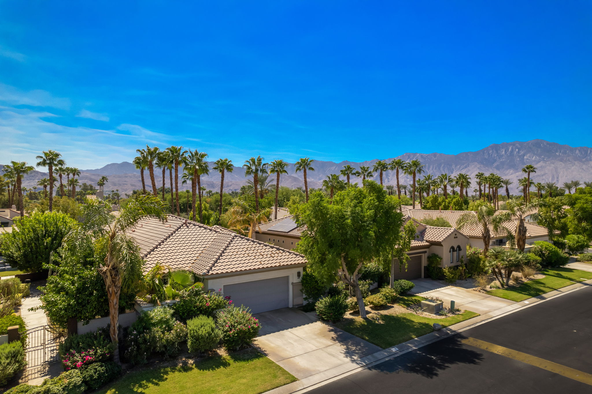 108 Mission Lake Way, Rancho Mirage, CA 92270, USA Photo 4