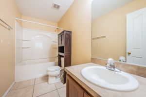Upper Level Bathroom-2