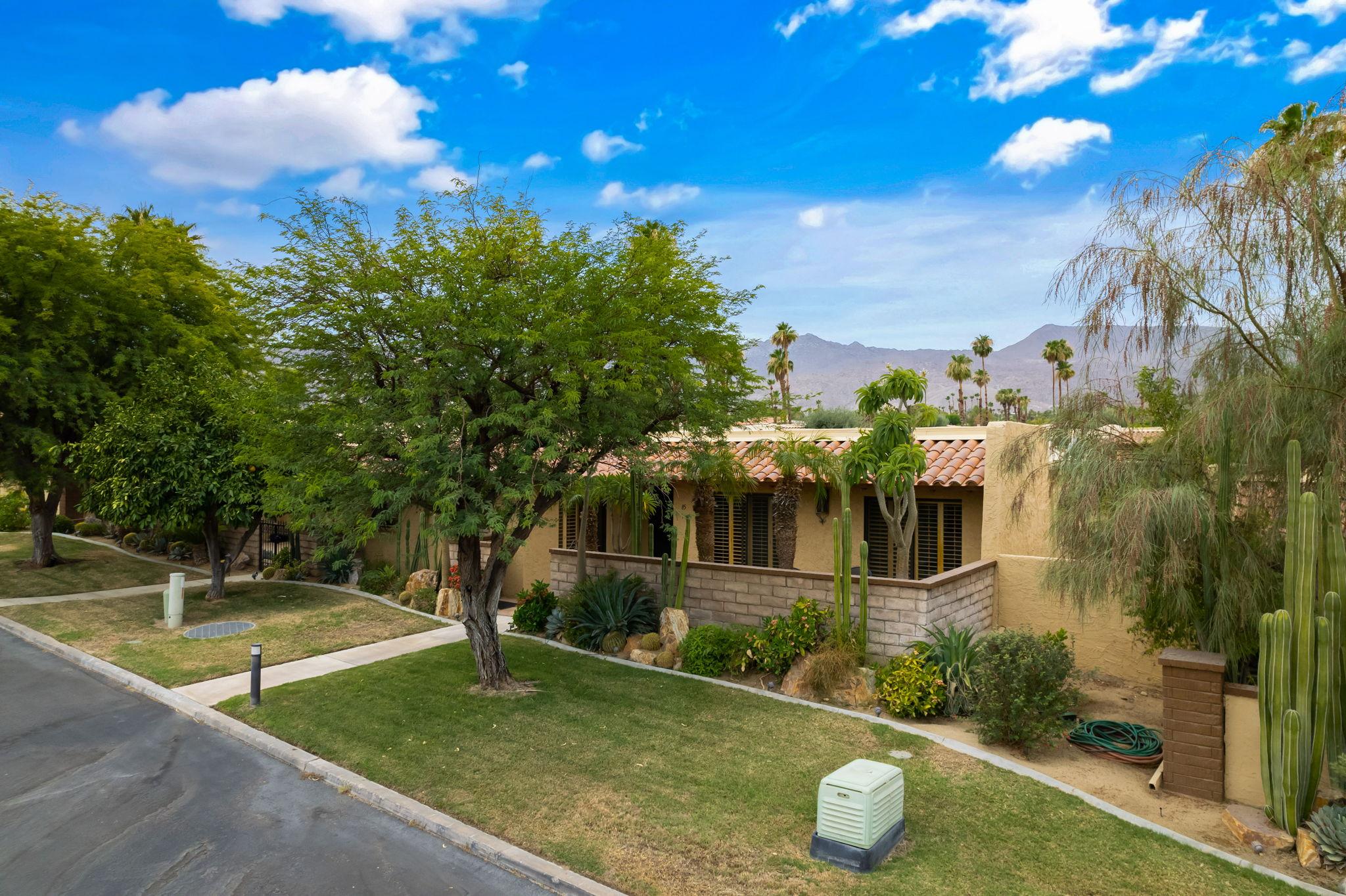 48445 Alamo Dr, Palm Desert, CA 92260, USA Photo 7