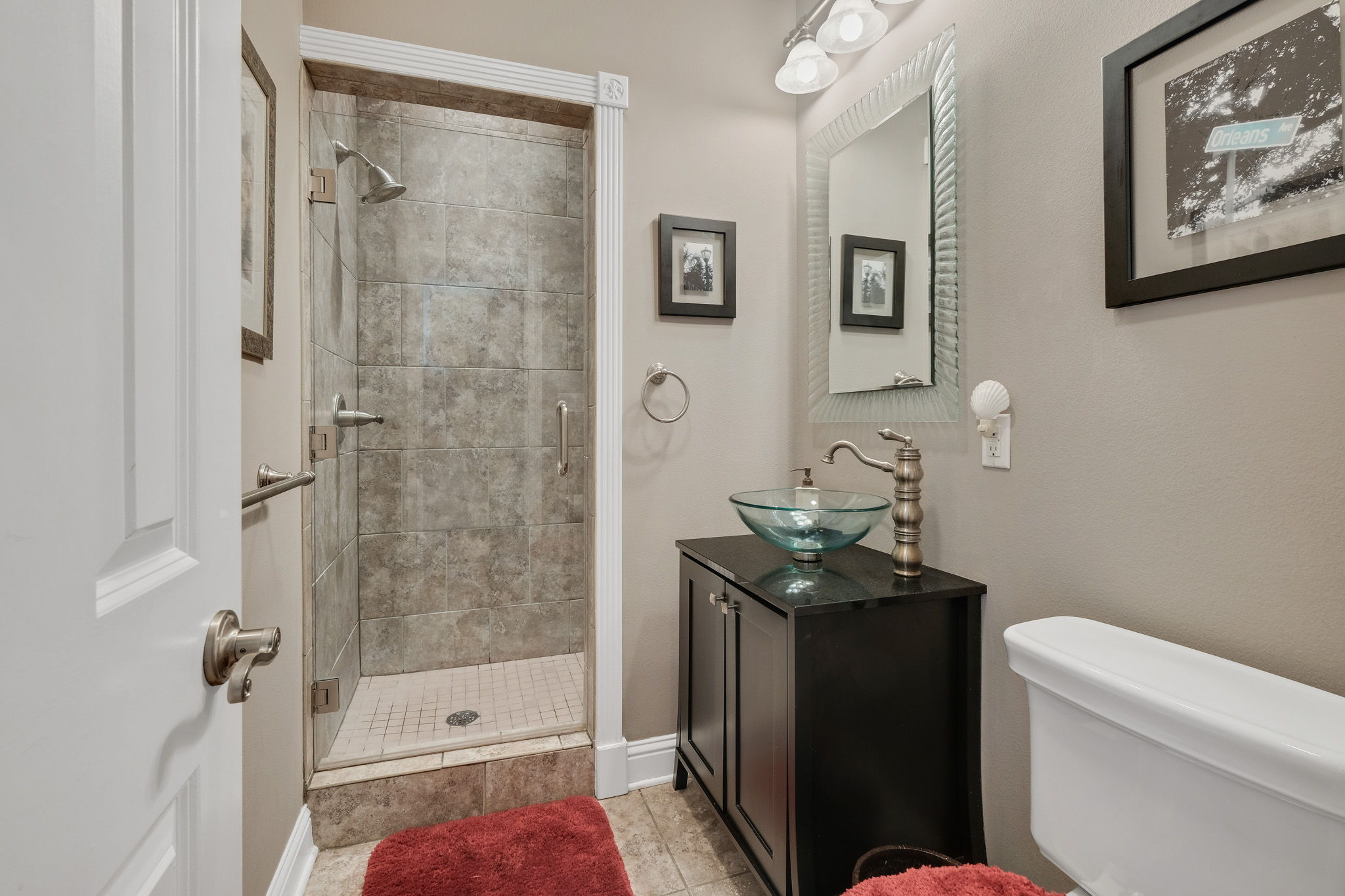 Full Bath right outside of Lower Guest Bdrm