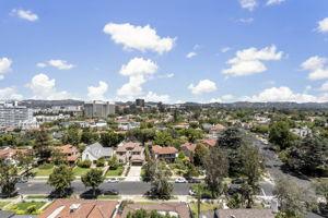10751 Wilshire Blvd, Los Angeles, CA 90024, US Photo 10