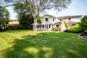 20047 Ronsdale Dr, Beverly Hills, MI 48025, USA Photo 43