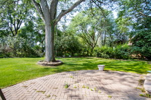20047 Ronsdale Dr, Beverly Hills, MI 48025, USA Photo 42