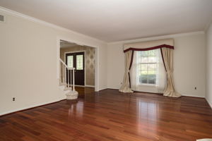 20047 Ronsdale Dr, Beverly Hills, MI 48025, USA Photo 8