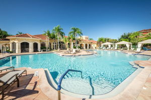 23-Grand Bellagio Pool