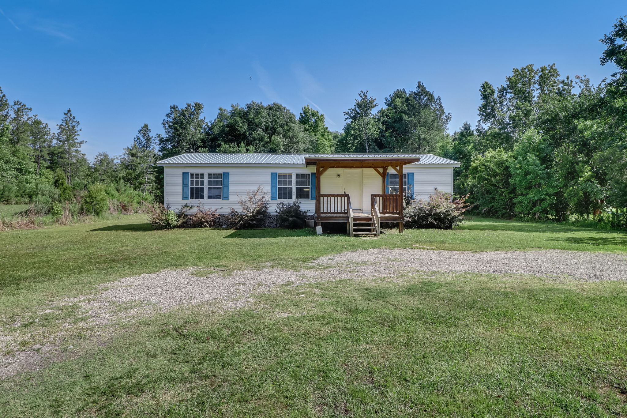 Welcome to 151076 County Road 108