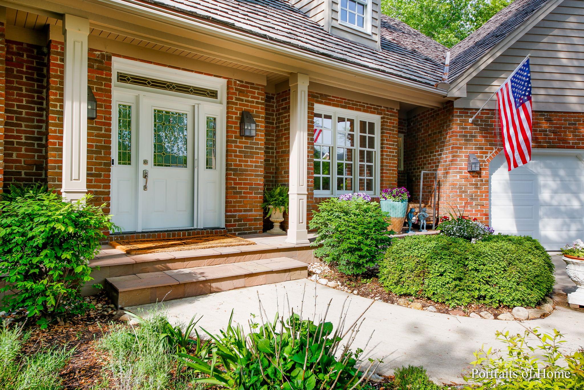 2108 Scarlet Oak Ln, Lisle, IL 60532, US Photo 3