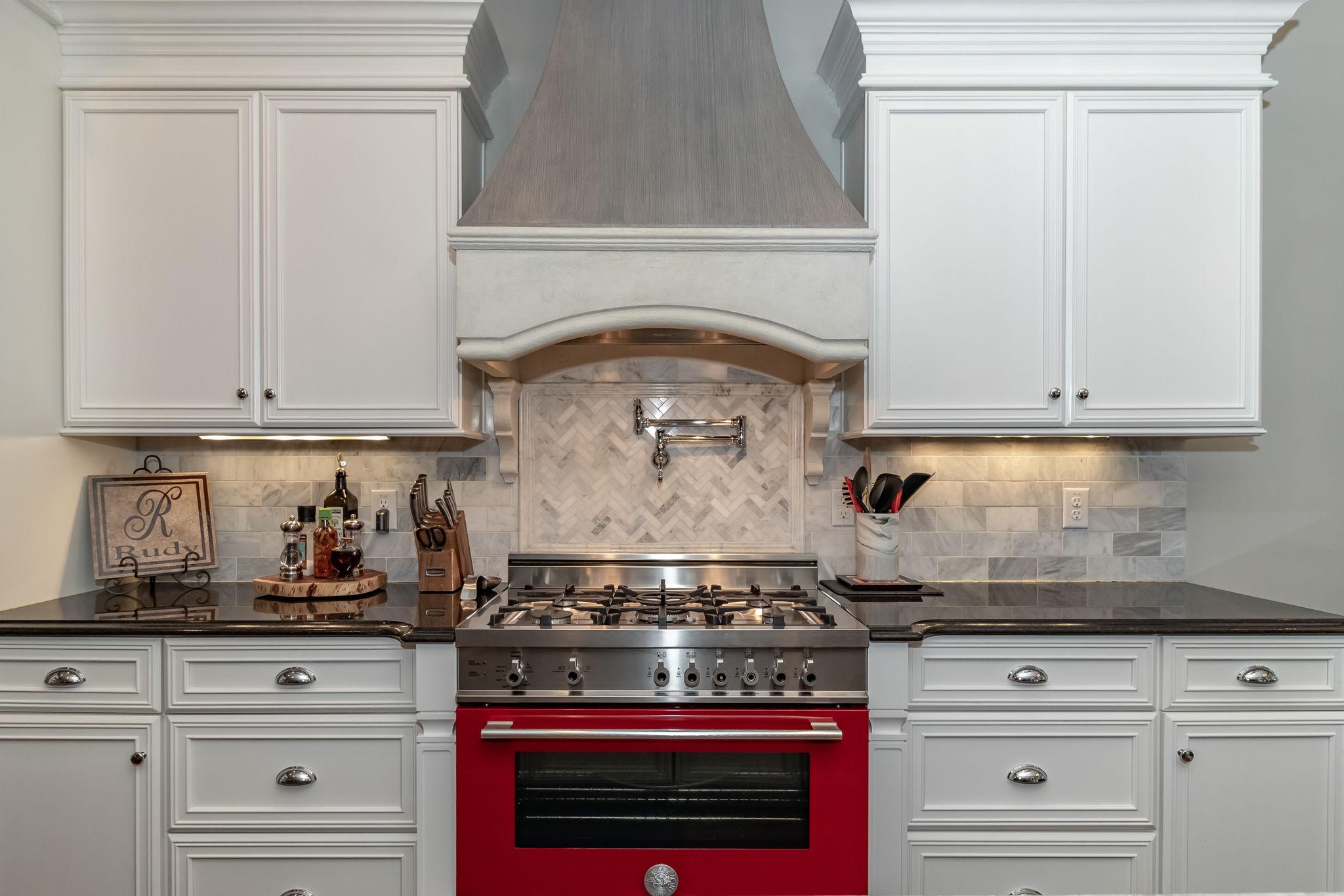 Kitchen - Custom Gas Stove