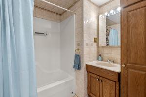 16 Longmeadow Rd, Beverly, MA 01915, USA Photo 22