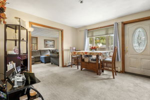 16 Longmeadow Rd, Beverly, MA 01915, USA Photo 5