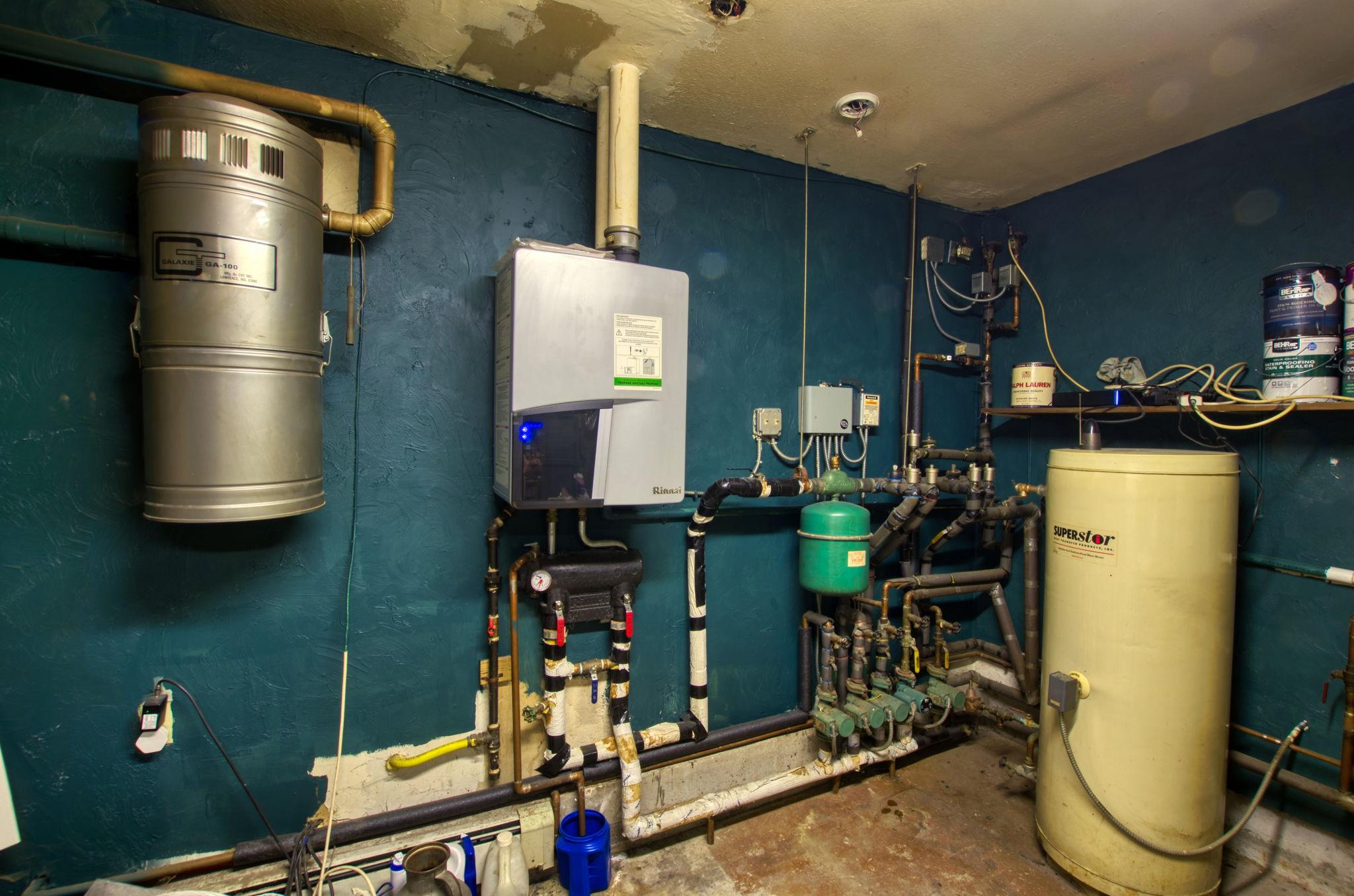 Boiler Room (1)
