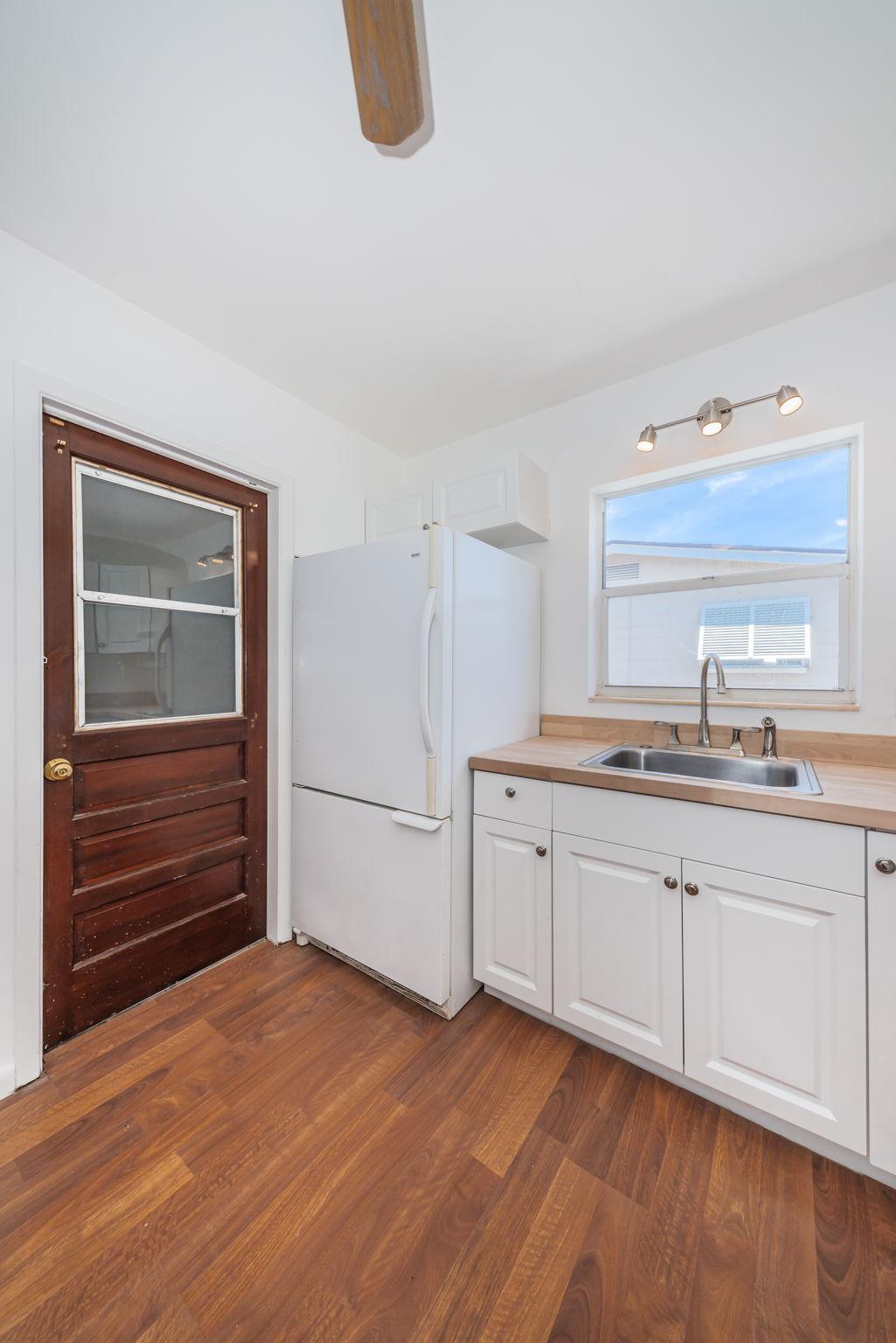 Kitchen 5-3