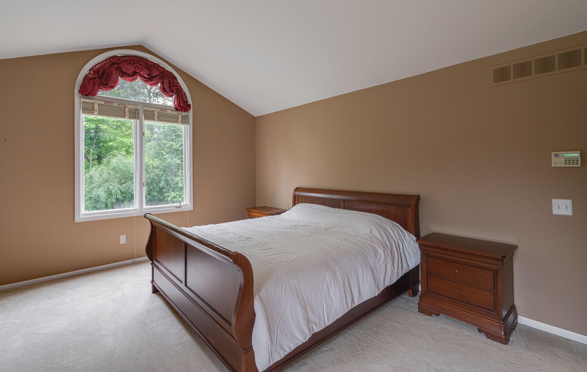 1781 Westridge Dr, Rochester Hills, MI 48306, USA Photo 32