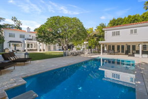 708 N Hillcrest Rd, Beverly Hills, CA 90210, US Photo 1