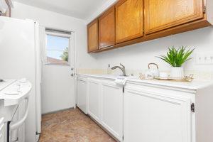 1267 Chalmette Ave, Ventura, CA 93003, USA Photo 8